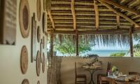 casa-babi-dining-and-lounging_25316188199_o